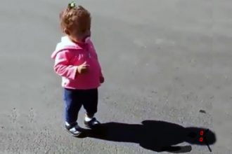 Videos: Objeto Estranho Dentro do Short
