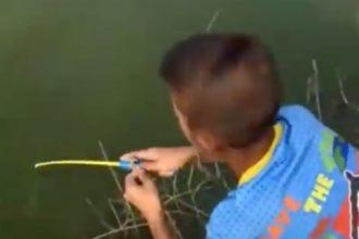 pescando-com-vara-de-brinquedo