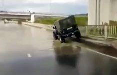 o-trouxa-do-jeep
