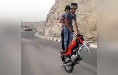 dupla dinamica na moto