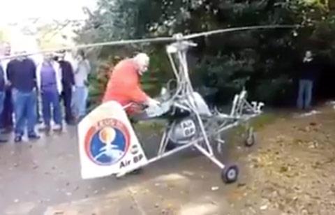 idoso-montou-helicoptero-caseiro
