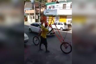 Videos: O Homem da Bicicleta Gigante