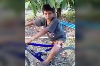 Videos: Menino Imitador de Passarinho