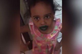 Videos: Botou a mãe no bolso